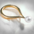 ring with pearl tip