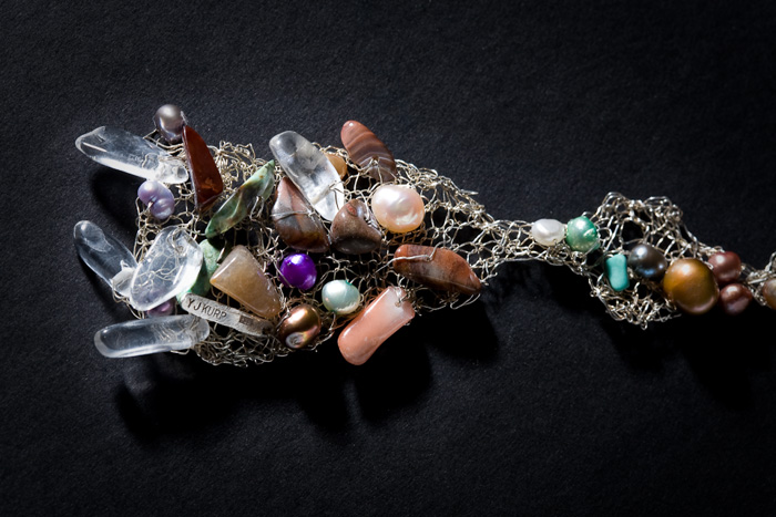 Halsband - detalj